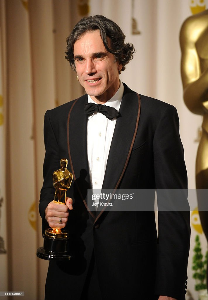 Actor <a gi-track='captionPersonalityLinkClicked' href=/galleries/search?phrase=Daniel+Day-Lewis&family=editorial&specificpeople=211475 ng-click='$event.stopPropagation()'>Daniel Day-Lewis</a> poses in the press room during the 80th Annual Academy Awards at the Kodak Theatre on February 24, 2008 in Los Angeles, California.
