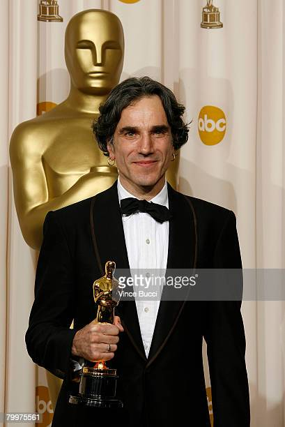 TELECAST*** Actor Daniel DayLewis poses with his award for Best Actor In A Leading Role for his performance in 'There Will Be Blood' in the press...