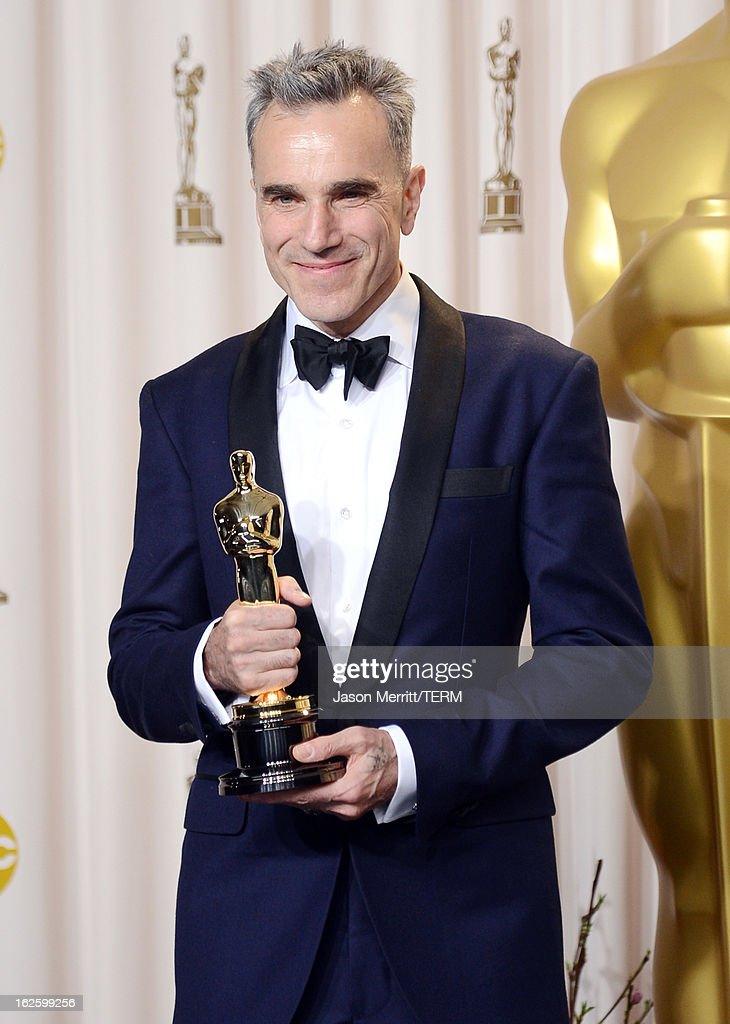 Actor <a gi-track='captionPersonalityLinkClicked' href=/galleries/search?phrase=Daniel+Day-Lewis&family=editorial&specificpeople=211475 ng-click='$event.stopPropagation()'>Daniel Day-Lewis</a>, winner of the Best Actor award for 'Lincoln,' poses in the press room during the Oscars held at Loews Hollywood Hotel on February 24, 2013 in Hollywood, California.