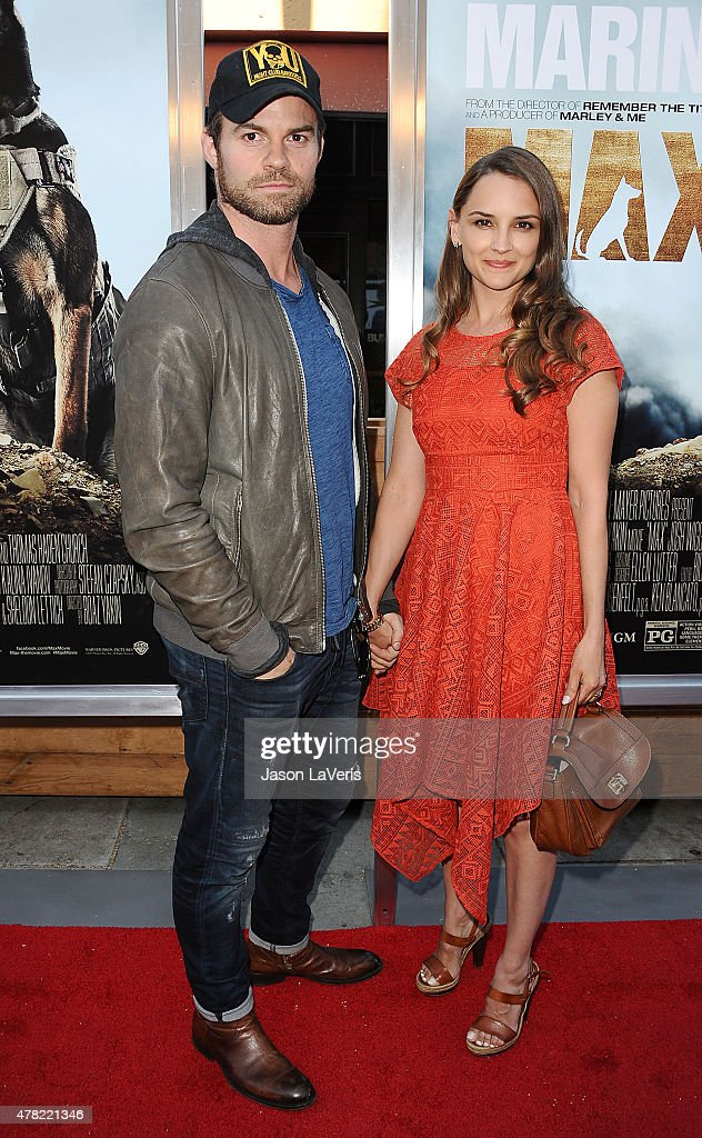 Actor <a gi-track='captionPersonalityLinkClicked' href=/galleries/search?phrase=Daniel+Gillies&family=editorial&specificpeople=675058 ng-click='$event.stopPropagation()'>Daniel Gillies</a> and actress <a gi-track='captionPersonalityLinkClicked' href=/galleries/search?phrase=Rachael+Leigh+Cook&family=editorial&specificpeople=208121 ng-click='$event.stopPropagation()'>Rachael Leigh Cook</a> attend the premiere of 'MAX' at the Egyptian Theatre on June 23, 2015 in Hollywood, California.