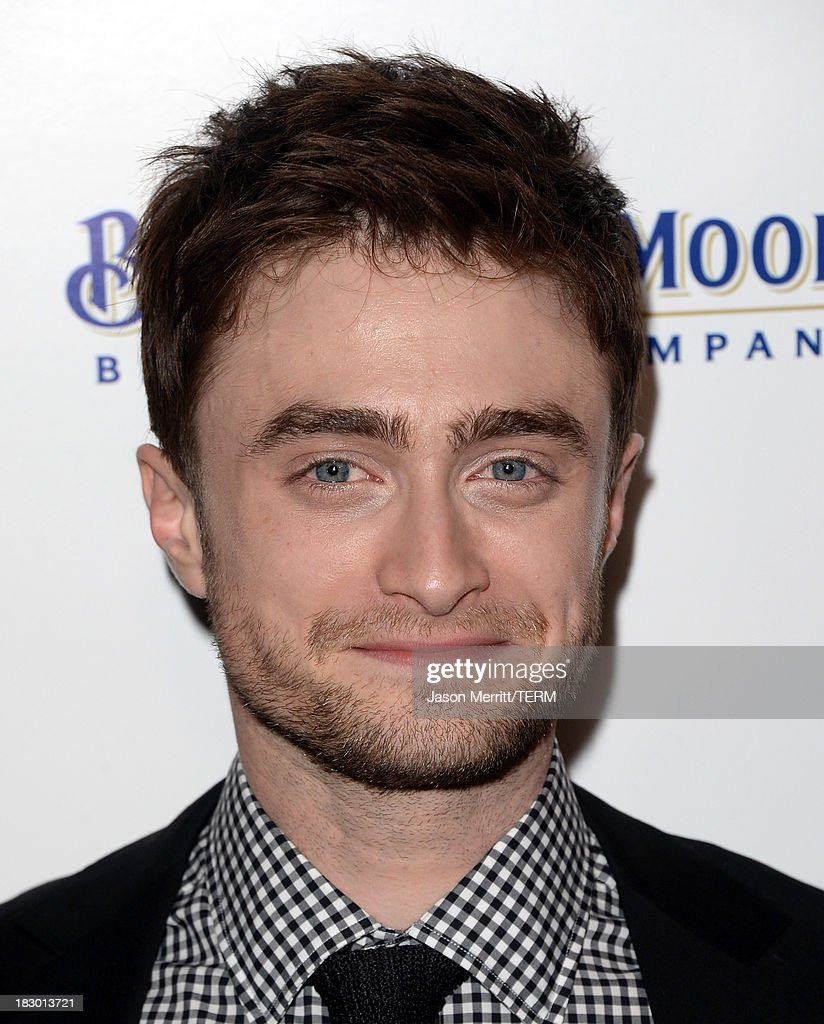 Actor <a gi-track='captionPersonalityLinkClicked' href=/galleries/search?phrase=Daniel+Radcliffe&family=editorial&specificpeople=204144 ng-click='$event.stopPropagation()'>Daniel Radcliffe</a> arrives at the premiere of Sony Pictures Classics' 'Kill Your Darlings' at Writers Guild Theater on October 3, 2013 in Beverly Hills, California.