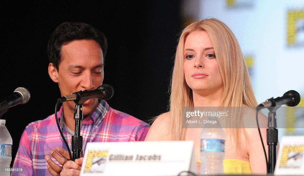 Actor <a gi-track='captionPersonalityLinkClicked' href=/galleries/search?phrase=Danny+Pudi&family=editorial&specificpeople=6106772 ng-click='$event.stopPropagation()'>Danny Pudi</a> and actress <a gi-track='captionPersonalityLinkClicked' href=/galleries/search?phrase=Gillian+Jacobs&family=editorial&specificpeople=4836757 ng-click='$event.stopPropagation()'>Gillian Jacobs</a> participate in 'Community' - School is Back In Session Panel - Comic-Con International 2012 held at San Diego Convention Center on July 12, 2012 in San Diego, California.