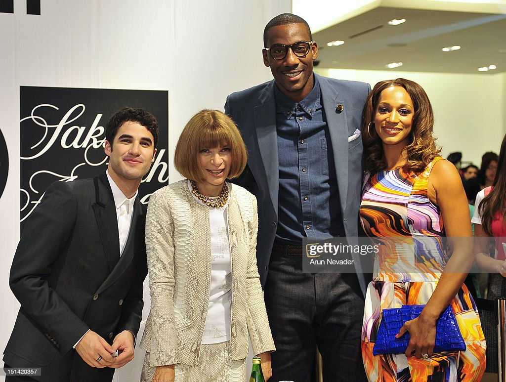 Actor <a gi-track='captionPersonalityLinkClicked' href=/galleries/search?phrase=Darren+Criss&family=editorial&specificpeople=7341435 ng-click='$event.stopPropagation()'>Darren Criss</a> and basketball player <a gi-track='captionPersonalityLinkClicked' href=/galleries/search?phrase=Amar%27e+Stoudemire&family=editorial&specificpeople=201492 ng-click='$event.stopPropagation()'>Amar'e Stoudemire</a> appear <a gi-track='captionPersonalityLinkClicked' href=/galleries/search?phrase=Anna+Wintour&family=editorial&specificpeople=202210 ng-click='$event.stopPropagation()'>Anna Wintour</a> and Alexis Welch for Fashion's Night Out at Saks Fifth Avenue on September 6, 2012 in New York City.