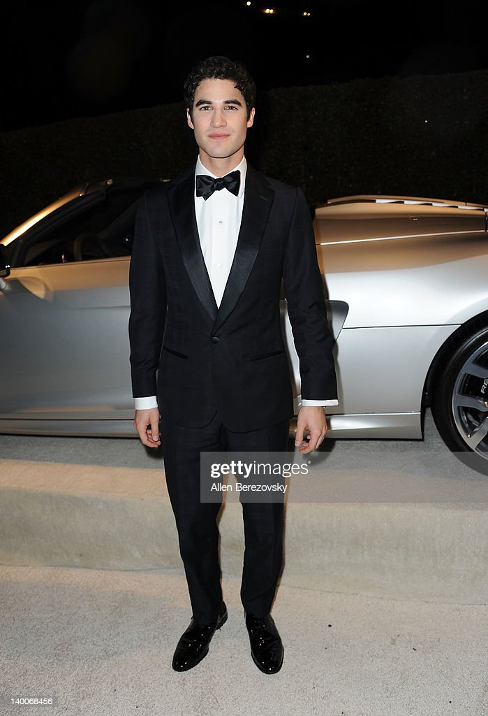 Actor <a gi-track='captionPersonalityLinkClicked' href=/galleries/search?phrase=Darren+Criss&family=editorial&specificpeople=7341435 ng-click='$event.stopPropagation()'>Darren Criss</a> arrives at Audi Arrivals at 20th annual Elton John AIDS Foundation Academy Awards viewing party on February 26, 2012 in Beverly Hills, California.