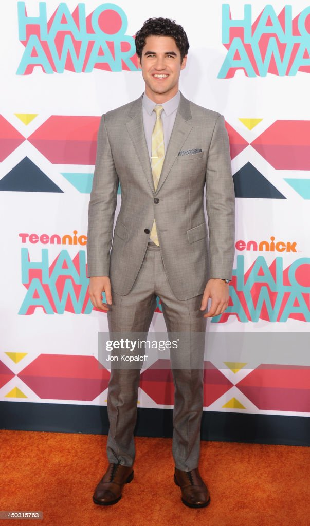 Actor <a gi-track='captionPersonalityLinkClicked' href=/galleries/search?phrase=Darren+Criss&family=editorial&specificpeople=7341435 ng-click='$event.stopPropagation()'>Darren Criss</a> arrives at the 2013 TeenNick HALO Awards at Hollywood Palladium on November 17, 2013 in Hollywood, California.