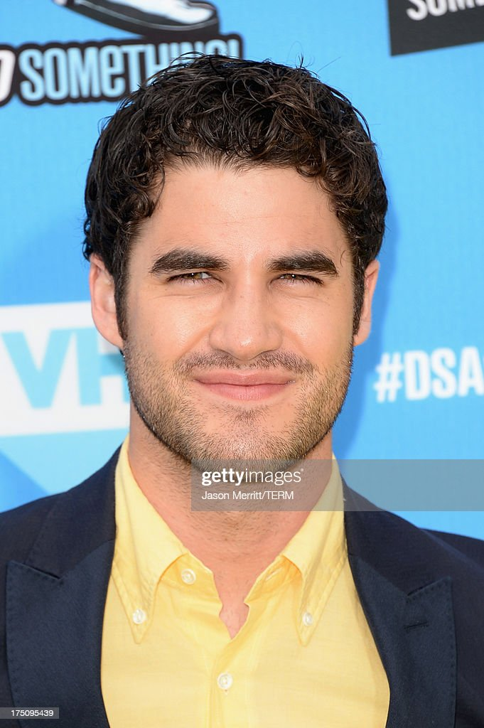 Actor <a gi-track='captionPersonalityLinkClicked' href=/galleries/search?phrase=Darren+Criss&family=editorial&specificpeople=7341435 ng-click='$event.stopPropagation()'>Darren Criss</a> arrives at the DoSomething.org and VH1's 2013 Do Something Awards at Avalon on July 31, 2013 in Hollywood, California.