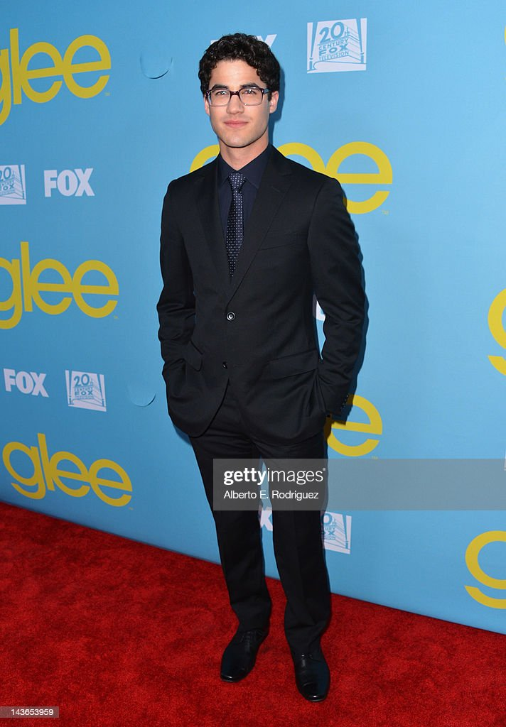 Actor <a gi-track='captionPersonalityLinkClicked' href=/galleries/search?phrase=Darren+Criss&family=editorial&specificpeople=7341435 ng-click='$event.stopPropagation()'>Darren Criss</a> arrives to The Academy of Television Arts & Sciences' screening of Fox's 'Glee' at Leonard Goldenson Theatre on May 1, 2012 in North Hollywood, California.