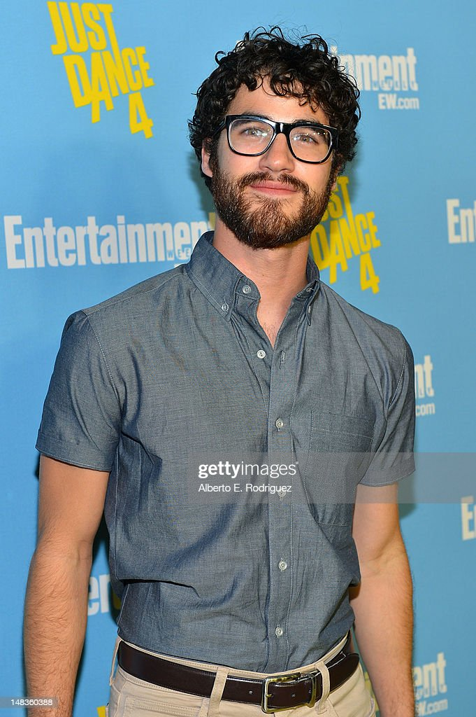 Actor <a gi-track='captionPersonalityLinkClicked' href=/galleries/search?phrase=Darren+Criss&family=editorial&specificpeople=7341435 ng-click='$event.stopPropagation()'>Darren Criss</a> attends Entertainment Weekly's 6th Annual Comic-Con Celebration sponsored by Just Dance 4 held at the Hard Rock Hotel San Diego on July 14, 2012 in San Diego, California.