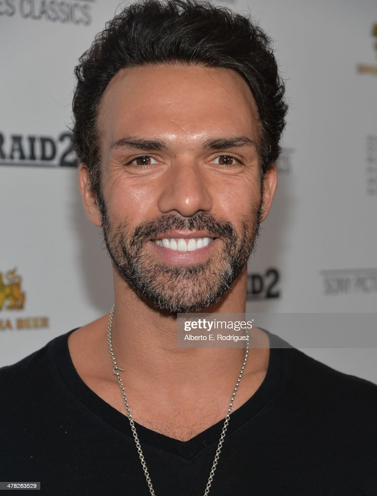Actor <a gi-track='captionPersonalityLinkClicked' href=/galleries/search?phrase=Darren+Shahlavi&family=editorial&specificpeople=12543326 ng-click='$event.stopPropagation()'>Darren Shahlavi</a> arrives to the premiere of Sony Pictures Classics' 'The Raid 2' at Harmony Gold Theatre on March 12, 2014 in Los Angeles, California.