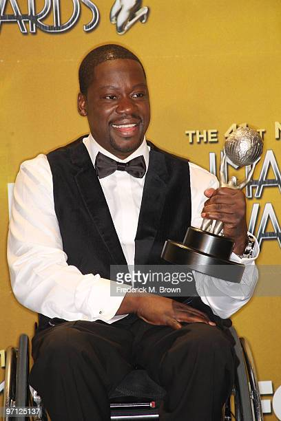 Actor Daryl 'Chill' Mitchell poses with his award for Outstanding Actor in a Comedy Series in the press room during the 41st NAACP Image awards held...