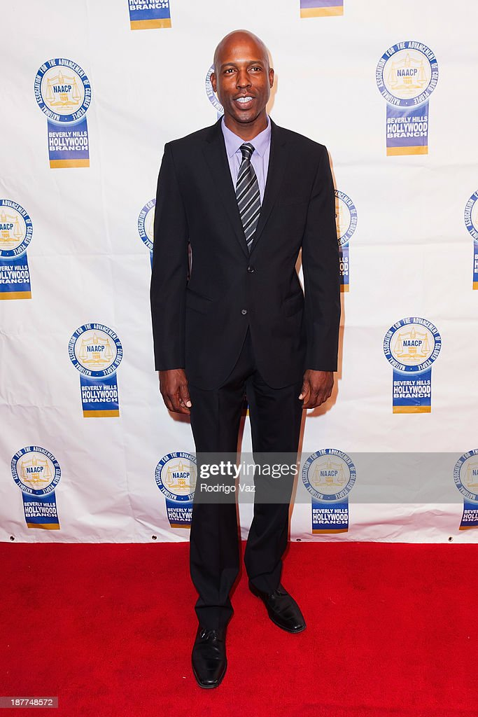 Actor Daryl Johnson attends the 23rd Annual NAACP Theatre Awards at Saban Theatre on November 11, 2013 in Beverly Hills, California.