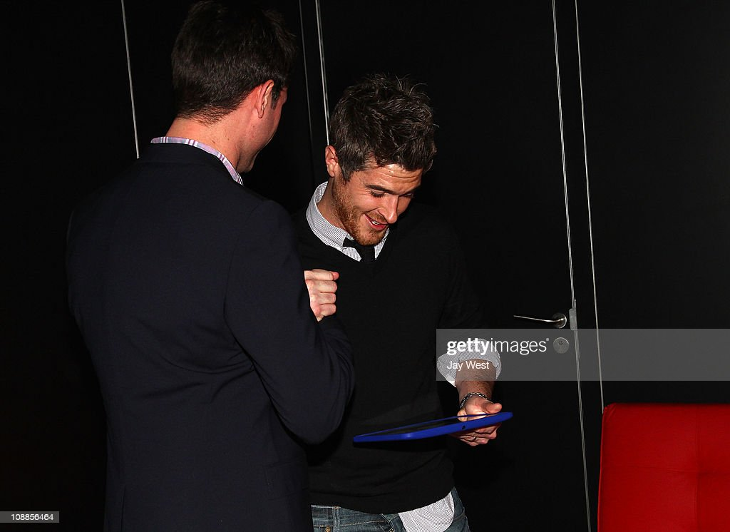 Actor <a gi-track='captionPersonalityLinkClicked' href=/galleries/search?phrase=Dave+Annable&family=editorial&specificpeople=539105 ng-click='$event.stopPropagation()'>Dave Annable</a> poses with Motorola Xoom at the Maxim Party Powered by Motorola Xoom at Centennial Hall at Fair Park on February 5, 2011 in Dallas, Texas.