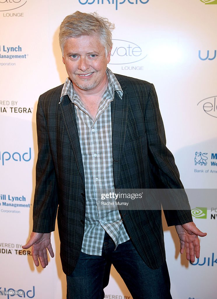 Actor <a gi-track='captionPersonalityLinkClicked' href=/galleries/search?phrase=Dave+Foley+-+Actor&family=editorial&specificpeople=15013533 ng-click='$event.stopPropagation()'>Dave Foley</a> attends the VIP red carpet cocktail party hosted by WIKIPAD and NVIDIA as part of the celebrations for E3, 2012 held at Elevate Lounge on June 6, 2012 in Los Angeles, California.