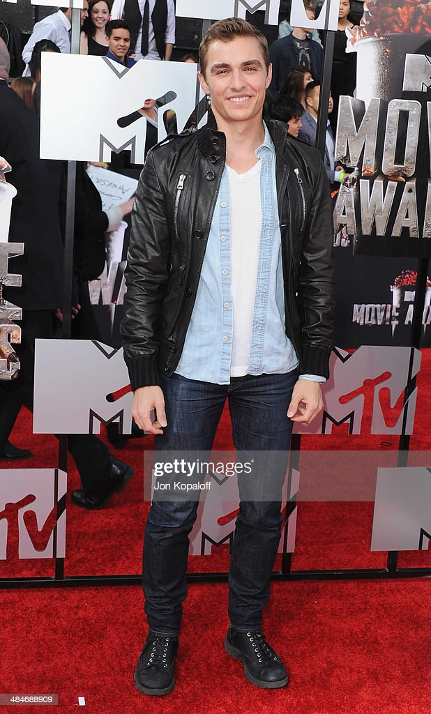 Actor <a gi-track='captionPersonalityLinkClicked' href=/galleries/search?phrase=Dave+Franco&family=editorial&specificpeople=5512906 ng-click='$event.stopPropagation()'>Dave Franco</a> arrives at the 2014 MTV Movie Awards at Nokia Theatre L.A. Live on April 13, 2014 in Los Angeles, California.
