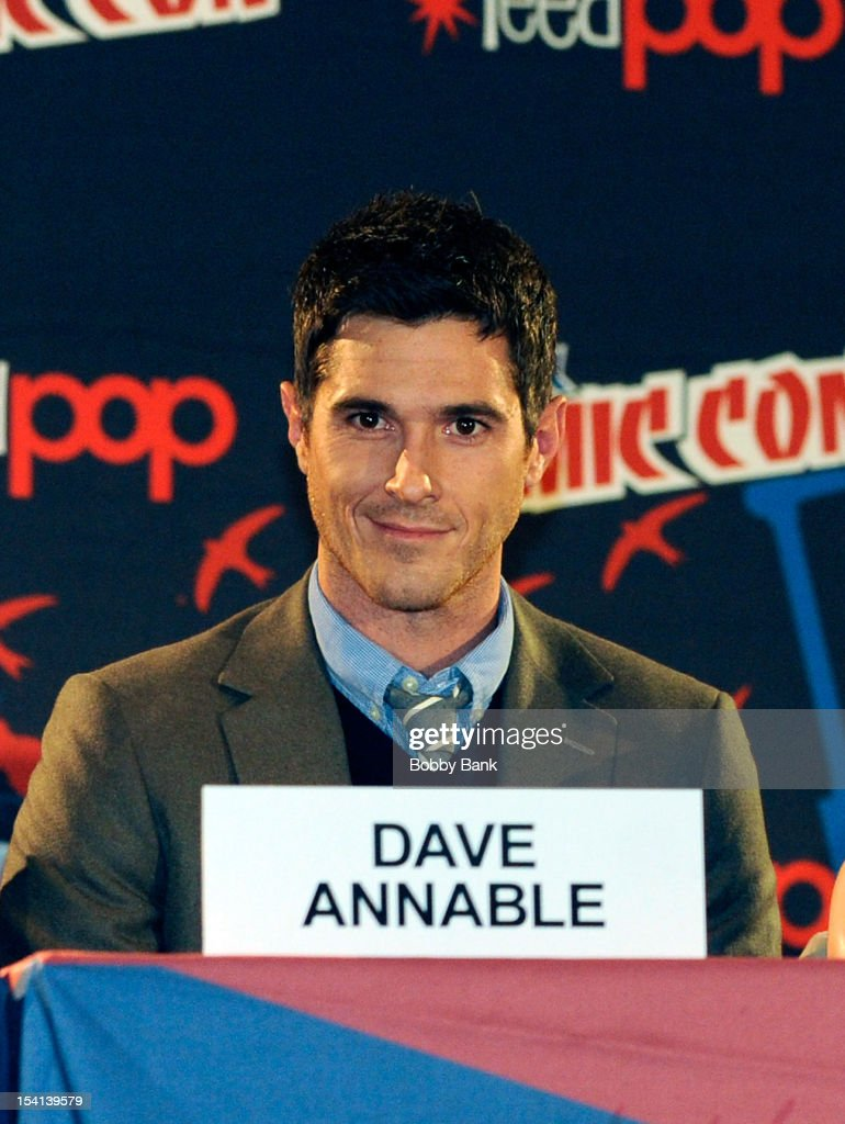 Actor David Annable attends the '666 Park Avenue Presentation and Q & A' at the 2012 New York Comic Con at the Javits Center on October 14, 2012 in New York City.