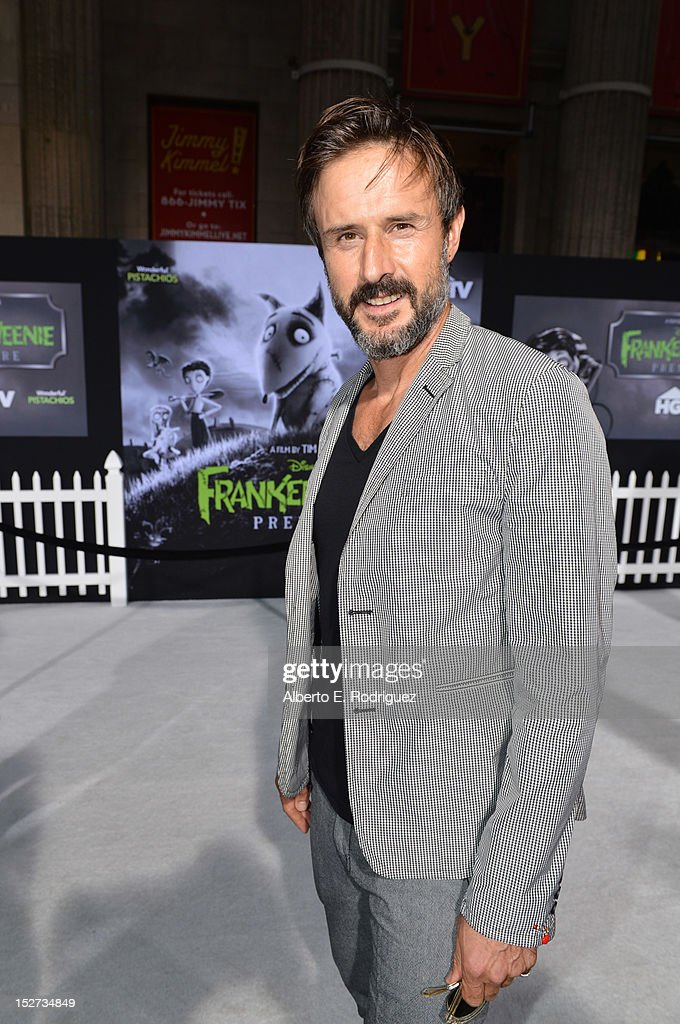 Actor <a gi-track='captionPersonalityLinkClicked' href=/galleries/search?phrase=David+Arquette&family=editorial&specificpeople=201740 ng-click='$event.stopPropagation()'>David Arquette</a> arrives at Disney's 'Frankenweenie' premiere at the El Capitan Theatre on September 24, 2012 in Hollywood, California.