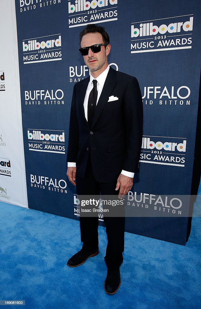 Actor <a gi-track='captionPersonalityLinkClicked' href=/galleries/search?phrase=David+Arquette&family=editorial&specificpeople=201740 ng-click='$event.stopPropagation()'>David Arquette</a> arrives at the Buffalo David Bitton red carpet at the 2013 Billboard Music Awards at the MGM Grand Garden Arena on May 19, 2013 in Las Vegas, Nevada.