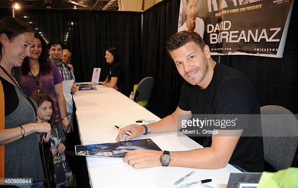 Actor David Boreanaz attends Wizard World Philadelphia Comic Con 2014 Day 2 held at Pennsylvania Convention Center on June 20 2014 in Philadelphia...