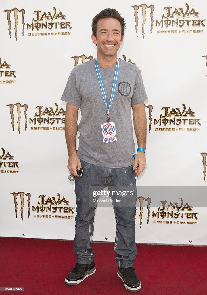 Actor <a gi-track='captionPersonalityLinkClicked' href=/galleries/search?phrase=David+Faustino&family=editorial&specificpeople=226901 ng-click='$event.stopPropagation()'>David Faustino</a> attends David Arquette's Piece Fest - A Music and Street Festival to benefit Pico Union Housing Corp. and Graff Lab at The Graff Lab on October 13, 2012 in Los Angeles, California.