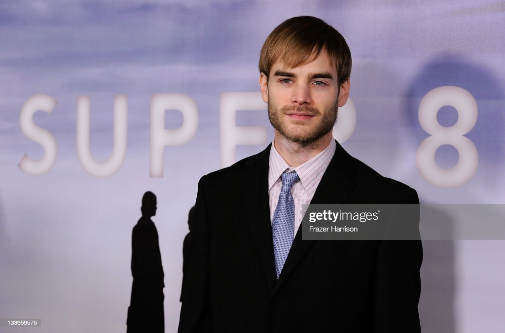 Actor <a gi-track='captionPersonalityLinkClicked' href=/galleries/search?phrase=David+Gallagher&family=editorial&specificpeople=227929 ng-click='$event.stopPropagation()'>David Gallagher</a> arrives at Paramount Pictures' 'Super 8' Blu-ray and DVD release party at AMPAS Samuel Goldwyn Theater on November 22, 2011 in Beverly Hills, California.