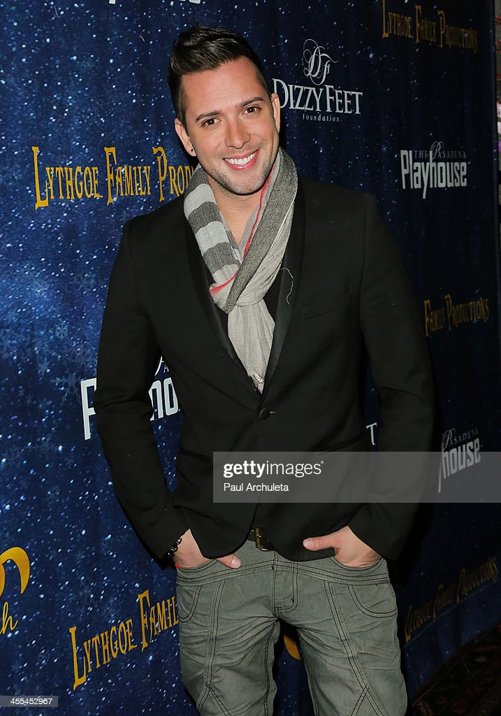 Actor <a gi-track='captionPersonalityLinkClicked' href=/galleries/search?phrase=David+Hernandez+-+Singer&family=editorial&specificpeople=711092 ng-click='$event.stopPropagation()'>David Hernandez</a> attends the opening night of 'Aladdin And His Winter Wish' at the Pasadena Playhouse on December 11, 2013 in Pasadena, California.