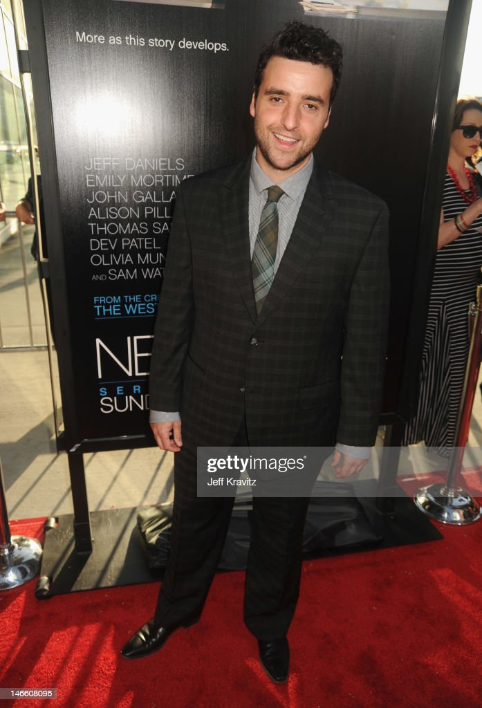 Actor <a gi-track='captionPersonalityLinkClicked' href=/galleries/search?phrase=David+Krumholtz&family=editorial&specificpeople=220284 ng-click='$event.stopPropagation()'>David Krumholtz</a> arrives at HBO's New Series 'Newsroom' Los Angeles Premiere at ArcLight Cinemas Cinerama Dome on June 20, 2012 in Hollywood, California.