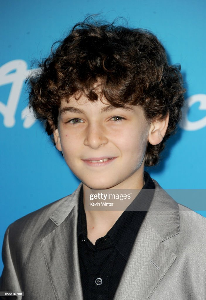 Actor <a gi-track='captionPersonalityLinkClicked' href=/galleries/search?phrase=David+Mazouz&family=editorial&specificpeople=8777419 ng-click='$event.stopPropagation()'>David Mazouz</a> attends the FOX 'American Idol' finalists party at The Grove on March 7, 2013 in Los Angeles, California.