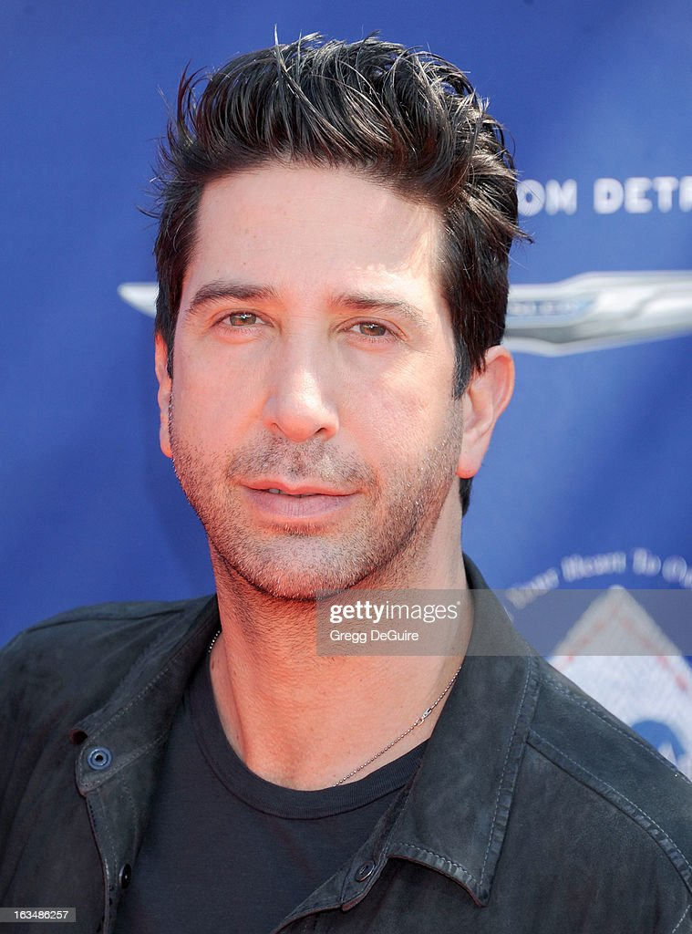 Actor <a gi-track='captionPersonalityLinkClicked' href=/galleries/search?phrase=David+Schwimmer&family=editorial&specificpeople=206148 ng-click='$event.stopPropagation()'>David Schwimmer</a> arrives at John Varvatos 10th Annual Stuart House Benefit at John Varvatos Los Angeles on March 10, 2013 in Los Angeles, California.
