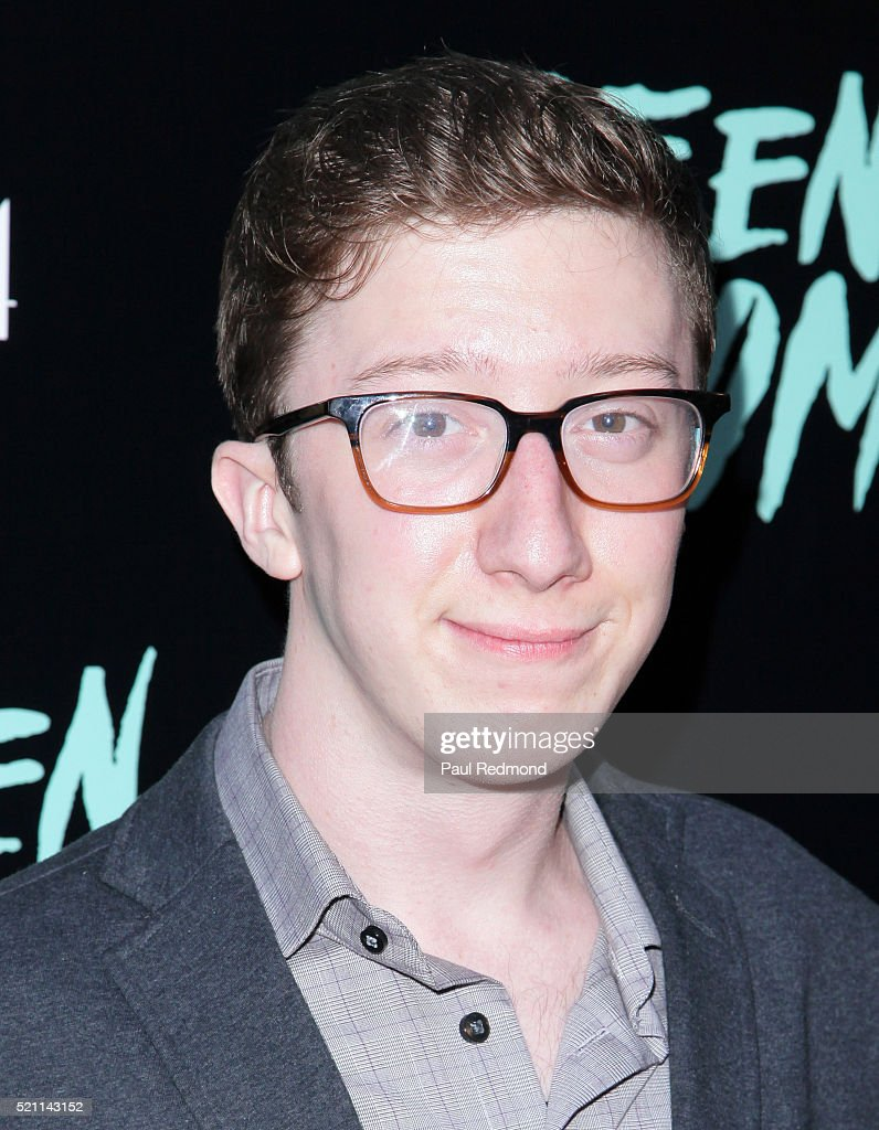 Actor David Thompson attends the Premiere of A24's 'Green Room' at ArcLight Hollywood on April 13, 2016 in Hollywood, California.