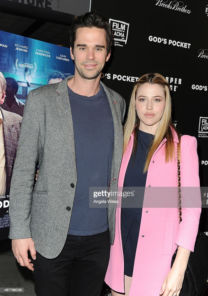 Actor <a gi-track='captionPersonalityLinkClicked' href=/galleries/search?phrase=David+Walton&family=editorial&specificpeople=797581 ng-click='$event.stopPropagation()'>David Walton</a> (L) and actress <a gi-track='captionPersonalityLinkClicked' href=/galleries/search?phrase=Majandra+Delfino&family=editorial&specificpeople=691191 ng-click='$event.stopPropagation()'>Majandra Delfino</a> arrive at the premiere of IFC Films 'God's Pocket' at LACMA on May 1, 2014 in Los Angeles, California.