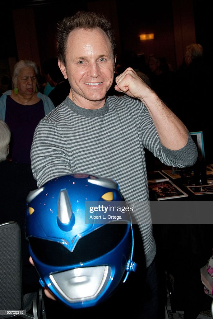 Actor David Yost attends The Hollywood Show at Lowes Hollywood Hotel on January 4, 2014 in Hollywood, California.