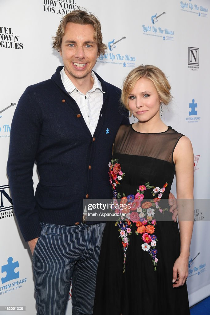 Actor Dax Shepard (L) and actress Kristen Bell attend the 2nd Light Up The Blues Concert - An Evening Of Music To Benefit Autism Speaks at The Theatre At Ace Hotel on April 5, 2014 in Los Angeles, California.