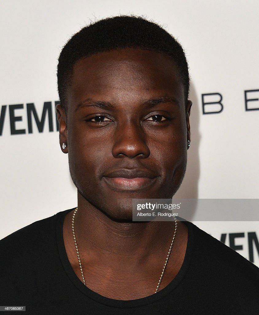 Actor <a gi-track='captionPersonalityLinkClicked' href=/galleries/search?phrase=Dayo+Okeniyi&family=editorial&specificpeople=8312711 ng-click='$event.stopPropagation()'>Dayo Okeniyi</a> arrives to the premiere of 'Cavemen' at the ArcLight Cinemas on February 5, 2014 in Hollywood, California.