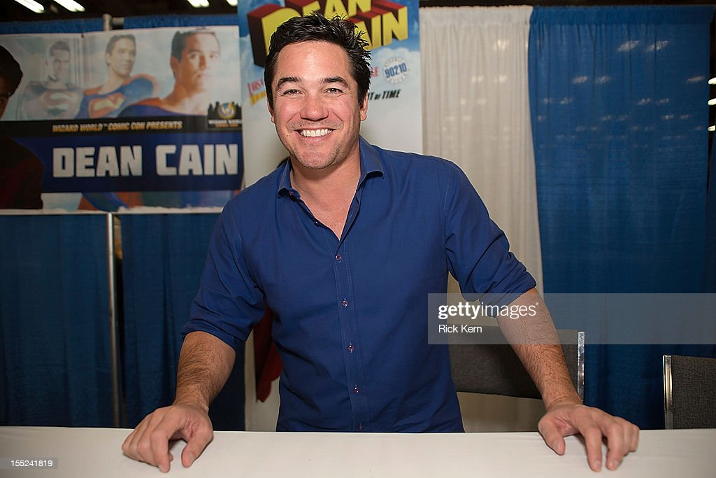 Actor <a gi-track='captionPersonalityLinkClicked' href=/galleries/search?phrase=Dean+Cain&family=editorial&specificpeople=210672 ng-click='$event.stopPropagation()'>Dean Cain</a> attends day two of the Wizard World Austin Comic Con at the Austin Convention Center on October 27, 2012 in Austin, Texas.