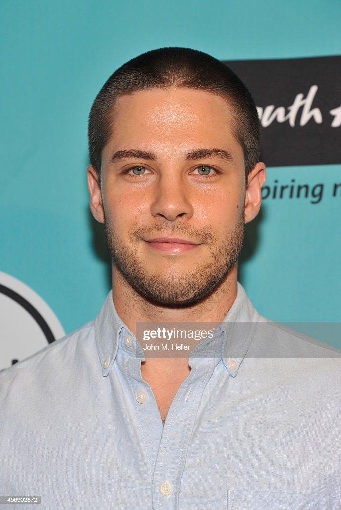 Actor Dean Geyer arrives at the South African Tourism presents Isango Ensemble in Mozart's 'The Magic Flute' at The Broad Stage on October 8 2014 in...