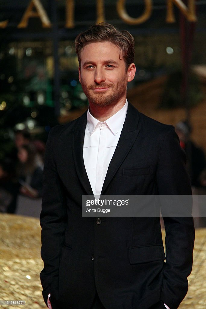 Actor <a gi-track='captionPersonalityLinkClicked' href=/galleries/search?phrase=Dean+O%27Gorman&family=editorial&specificpeople=845835 ng-click='$event.stopPropagation()'>Dean O'Gorman</a> attends the 'The Hobbit: The Desolation of Smaug' European Premiere at Cinestar on December 9, 2013 in Berlin, Germany.