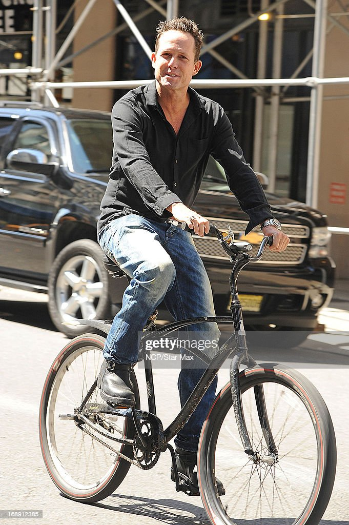 Actor <a gi-track='captionPersonalityLinkClicked' href=/galleries/search?phrase=Dean+Winters&family=editorial&specificpeople=213293 ng-click='$event.stopPropagation()'>Dean Winters</a> as seen on May 16, 2013 in New York City.