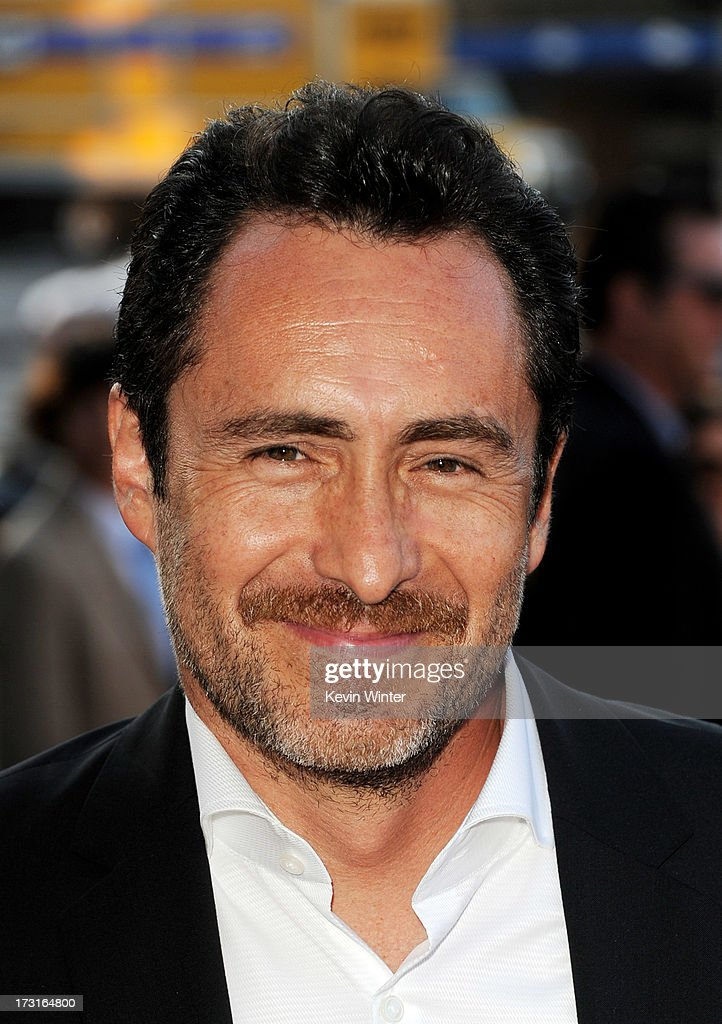 Actor <a gi-track='captionPersonalityLinkClicked' href=/galleries/search?phrase=Demian+Bichir&family=editorial&specificpeople=604427 ng-click='$event.stopPropagation()'>Demian Bichir</a> arrives at the series premiere of FX's 'The Bridge' at the Directors Guild of America on July 8, 2013 in Los Angeles, California.
