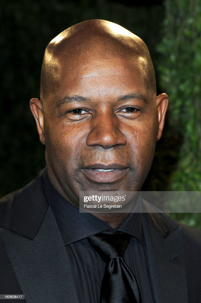 Actor <a gi-track='captionPersonalityLinkClicked' href=/galleries/search?phrase=Dennis+Haysbert&family=editorial&specificpeople=212993 ng-click='$event.stopPropagation()'>Dennis Haysbert</a> arrives at the 2013 Vanity Fair Oscar Party hosted by Graydon Carter at Sunset Tower on February 24, 2013 in West Hollywood, California.