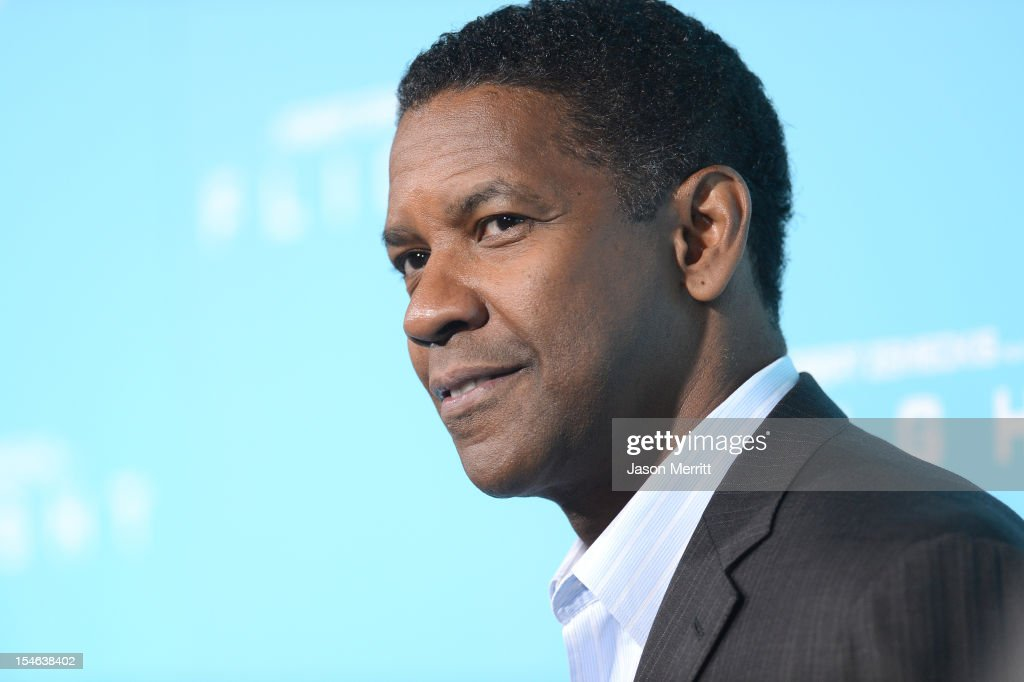 Actor Denzel Washington arrives at the premiere of Paramount Pictures' 'Flight' held at the ArcLight Cinemas on October 23, 2012 in Hollywood, California.