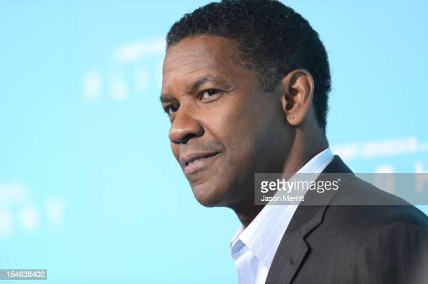 Actor Denzel Washington arrives at the premiere of Paramount Pictures' 'Flight' held at the ArcLight Cinemas on October 23 2012 in Hollywood...