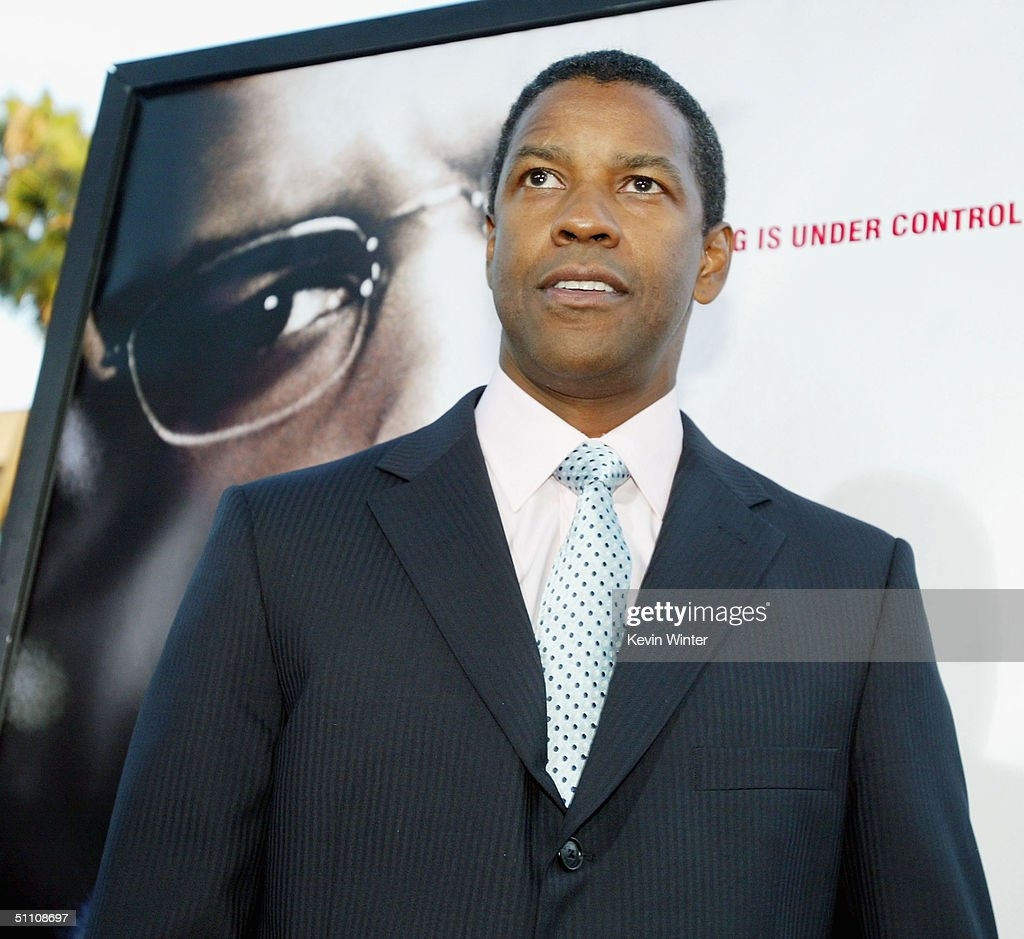 Actor Denzel Washington arrives at the premiere of Paramounts' 'The Manchurian Candidate' on July 22, 2004 at the Samual Goldwyn Theater, in Beverly Hills, California.
