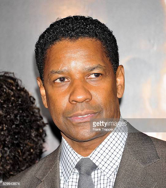 Actor Denzel Washington arrives at the premiere of 'Unstoppable' held at the Regency Village Theater in Westwood