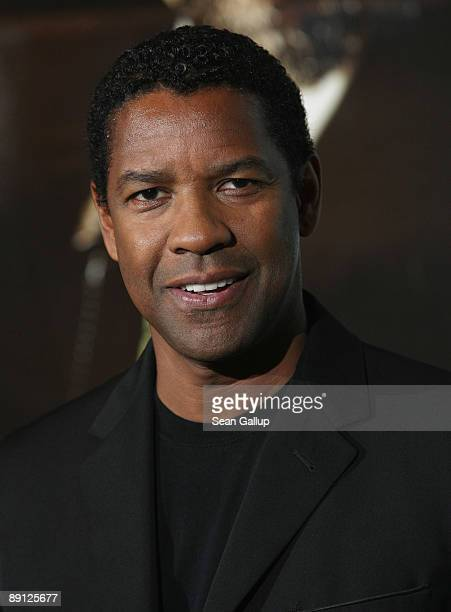 Actor Denzel Washington attends a photocall for the film 'The Taking of Pelham 123' at the RitzCarlton Hotel on July 21 2009 in Berlin Germany