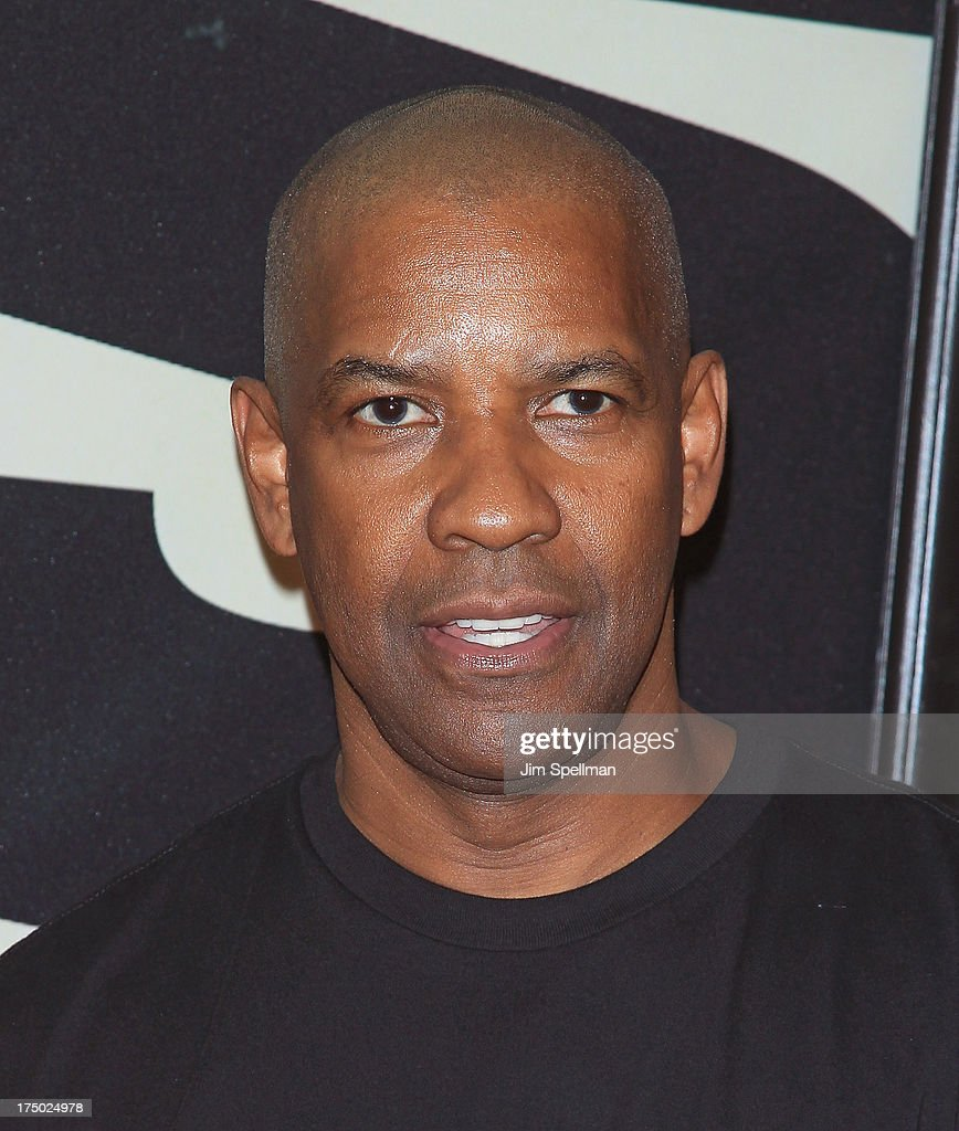 Actor Denzel Washington attends the '2 Guns' New York Premiere at SVA Theater on July 29, 2013 in New York City.