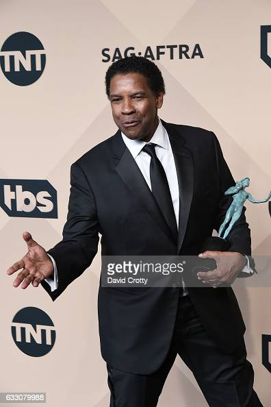 Actor Denzel Washington winner of the Outstanding Performance by a Male Actor in a Leading Role award for 'Fences' poses in the press room at the...