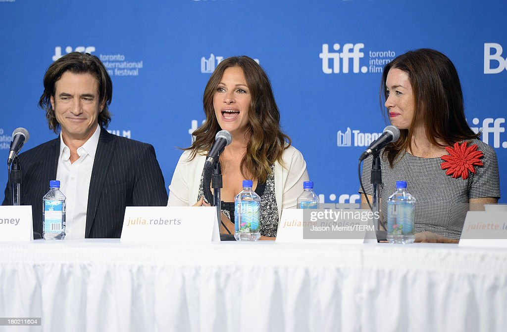 Actor <a gi-track='captionPersonalityLinkClicked' href=/galleries/search?phrase=Dermot+Mulroney&family=editorial&specificpeople=208776 ng-click='$event.stopPropagation()'>Dermot Mulroney</a>, actress <a gi-track='captionPersonalityLinkClicked' href=/galleries/search?phrase=Julia+Roberts&family=editorial&specificpeople=202605 ng-click='$event.stopPropagation()'>Julia Roberts</a> and actress <a gi-track='captionPersonalityLinkClicked' href=/galleries/search?phrase=Julianne+Nicholson&family=editorial&specificpeople=757237 ng-click='$event.stopPropagation()'>Julianne Nicholson</a> speak onstage at 'August: Osage County' Press Conference during the 2013 Toronto International Film Festival at TIFF Bell Lightbox on September 10, 2013 in Toronto, Canada.