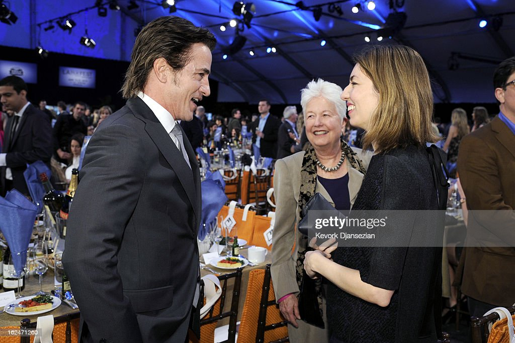 Actor <a gi-track='captionPersonalityLinkClicked' href=/galleries/search?phrase=Dermot+Mulroney&family=editorial&specificpeople=208776 ng-click='$event.stopPropagation()'>Dermot Mulroney</a> (L) and director <a gi-track='captionPersonalityLinkClicked' href=/galleries/search?phrase=Sofia+Coppola&family=editorial&specificpeople=202230 ng-click='$event.stopPropagation()'>Sofia Coppola</a> attend the 2013 Film Independent Spirit Awards at Santa Monica Beach on February 23, 2013 in Santa Monica, California.