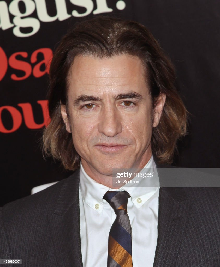 Actor <a gi-track='captionPersonalityLinkClicked' href=/galleries/search?phrase=Dermot+Mulroney&family=editorial&specificpeople=208776 ng-click='$event.stopPropagation()'>Dermot Mulroney</a> attends the 'August: Osage County' premiere at Ziegfeld Theater on December 12, 2013 in New York City.