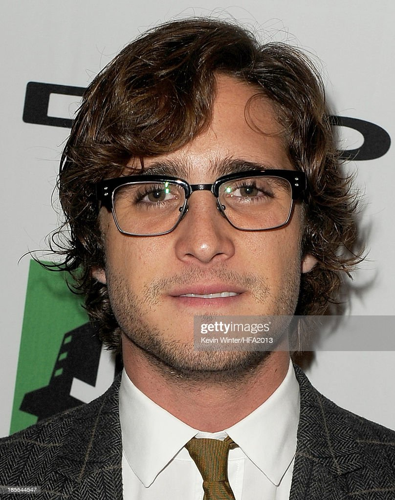 Actor <a gi-track='captionPersonalityLinkClicked' href=/galleries/search?phrase=Diego+Boneta&family=editorial&specificpeople=6787641 ng-click='$event.stopPropagation()'>Diego Boneta</a> arrives at the 17th annual Hollywood Film Awards at The Beverly Hilton Hotel on October 21, 2013 in Beverly Hills, California.